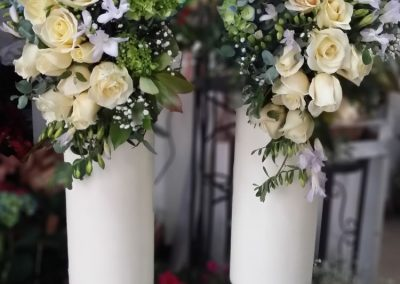 Wedding Candles roses blue hydrangea